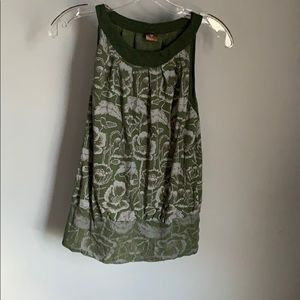 Ladies Green And Gray Top